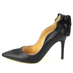 CLEARANCE | Badgley Mischka Leather Bow Pumps